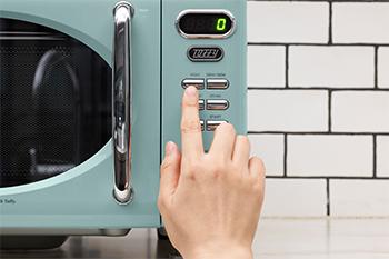 Toffy 電子レンジのシンプルなボタンの画像