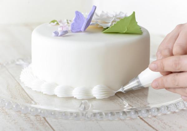 デコレーションケーキの画像
