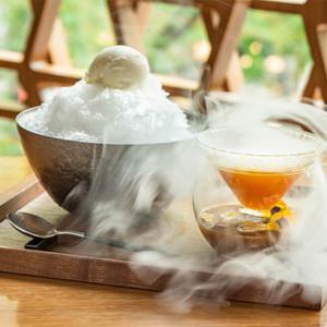 雲海のようにフルーツの香りを閉じ込めた煙が広がる「氷香」の画像
