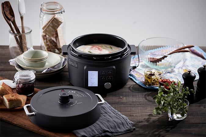 電気圧力鍋4.0Lと料理の画像