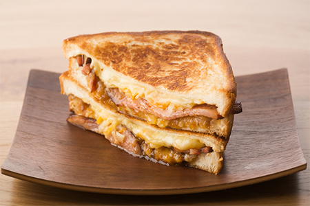 グリルドチーズサンドイッチMAD BACON(マッドベーコン)の画像