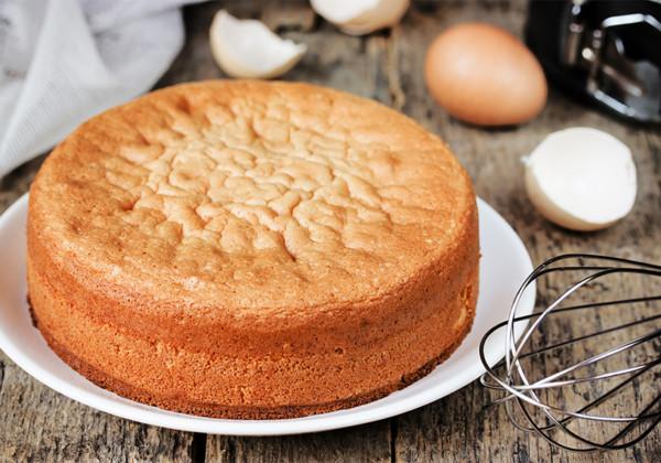 スポンジケーキの画像