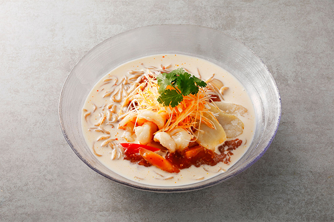 Jシリアル麺のピリ辛豆乳冷麺