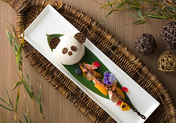 愛らしいパンダのケーキ