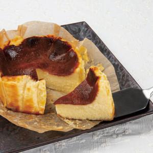 青木屋のバスクチーズケーキ