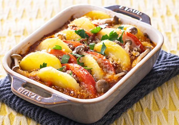 スライスポテトとトマトの重ね焼き
