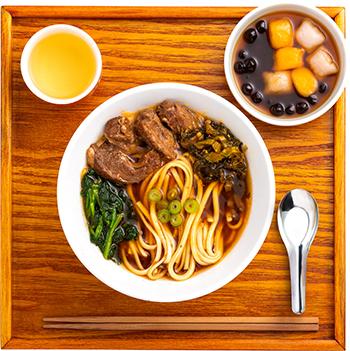 牛肉麺(ニューローメン)セット