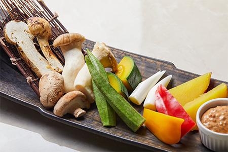 松茸入り季節野菜のディップ