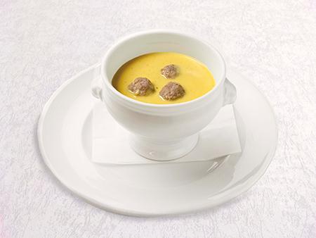 鴨クヌーデル入りさつまいものクリームスープ