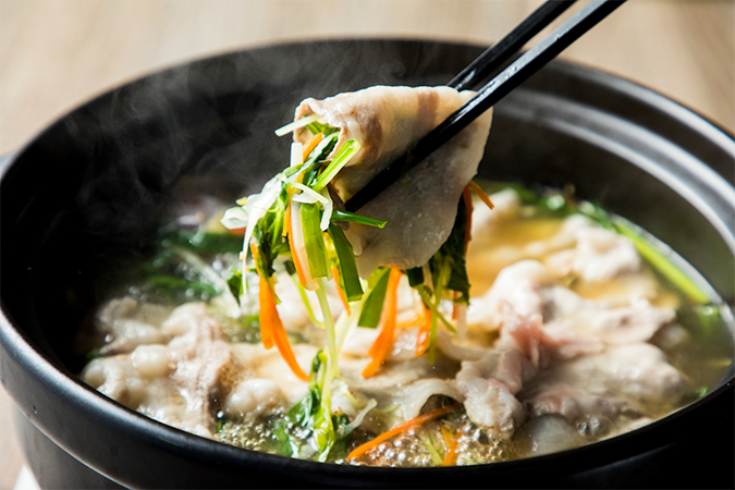 薬膳ブイヨン鍋「食労寿鍋」