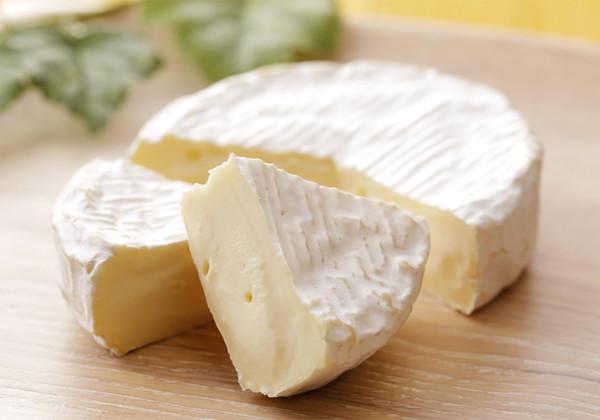 カマンベールチーズの画像