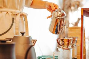 ハンドドリップでコーヒー