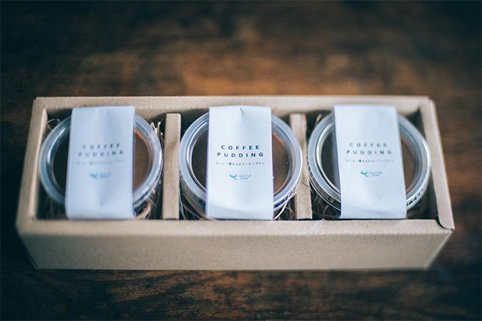コーヒー屋さんのコーヒープリン パッケージ