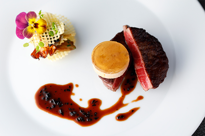 黒毛和牛フィレ肉を使用したロッシーニ
