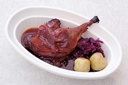 フランス産骨付き鴨もも肉のロースト ローストクラウト添え