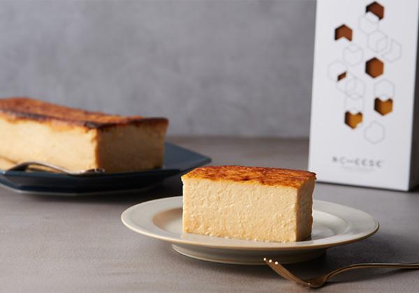 タンパク質をとるためのチーズケーキ「&CHEESE」