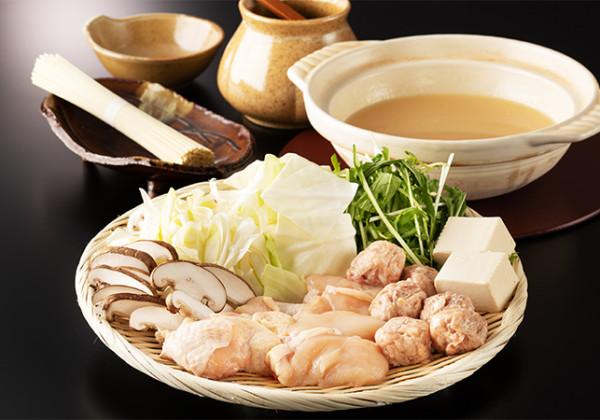 濃厚なスープが自慢の鶏白湯鍋