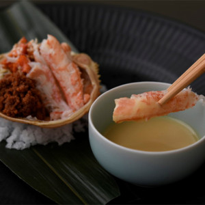 GINZA豉KUKI12月季節のコース 旬皿  香箱蟹 柚子酢味噌タレ