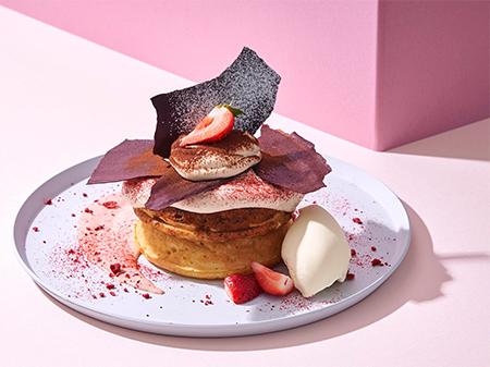 """いちごティラミスパンケーキ いちご""""発酵""""バターソース"""
