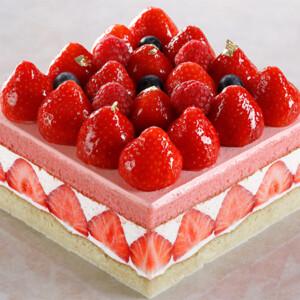 【シェラトン都ホテル大阪】ひな祭りケーキ