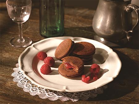 オリエンタルショコラサンド・ラズベリーの画像