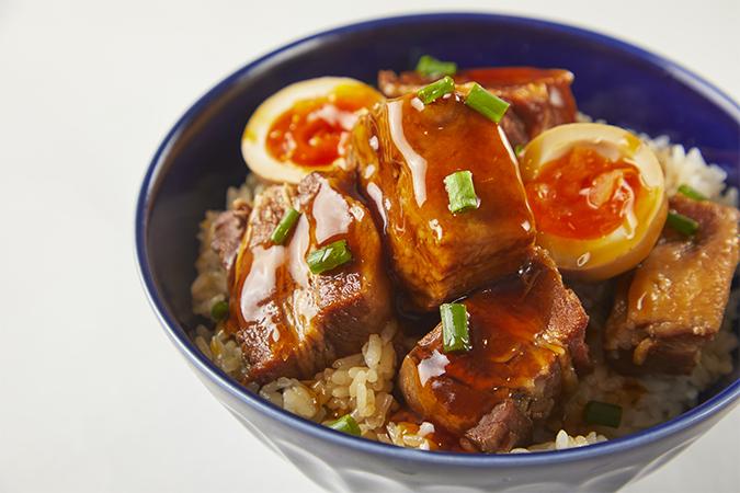 魯肉飯(ルーローファン)の画像