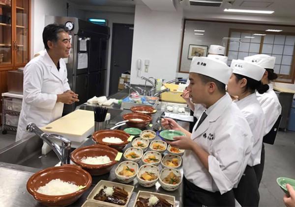 寿司ネタとシャリ