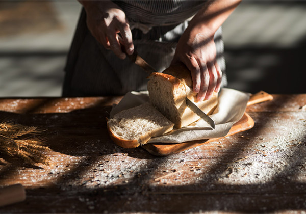 天然素材にこだわった無添加の食パン『九パン』