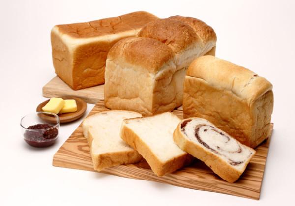 食パン専門店「醸す生食パン工房 うち山」