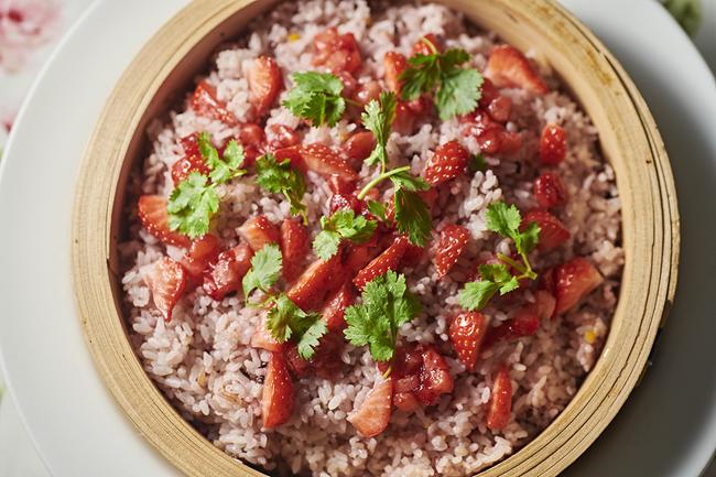いちごと雑穀米の炊き込みごはん