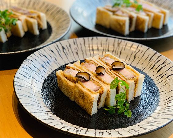 松阪豚ロース極厚プレミアムカツサンド