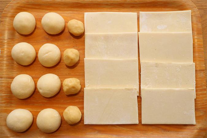デニッシュ生地8枚、菓子パン生地8個、メロンパン用クッキー生地4個のセット