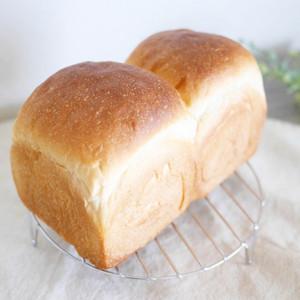 サクふわ食パン