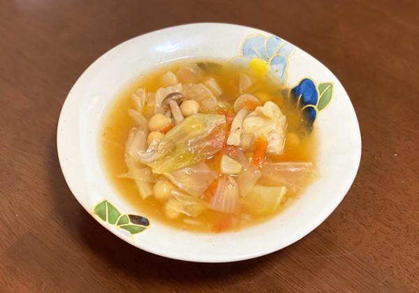 ひよこ豆でタンパク質もとれる簡単デトックススープの画像