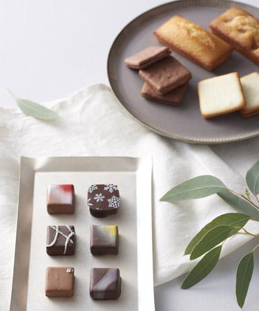 四季折々のHIBIKAの四季菓子