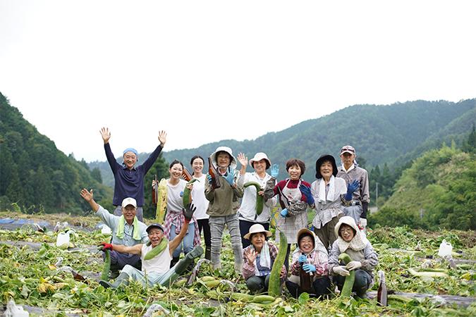 自社有機農場で栽培