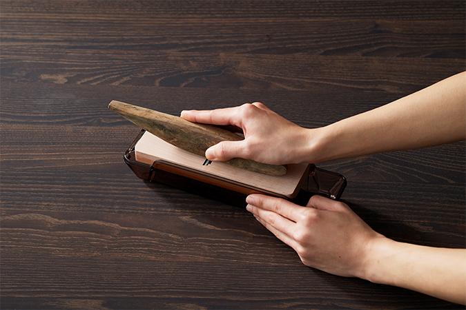 鰹ぶしの削り方