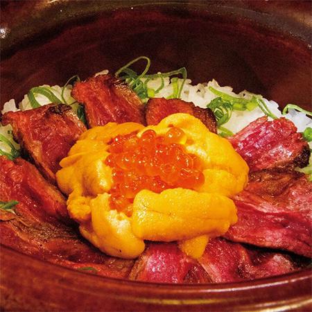 ウ肉いくら土釜ご飯