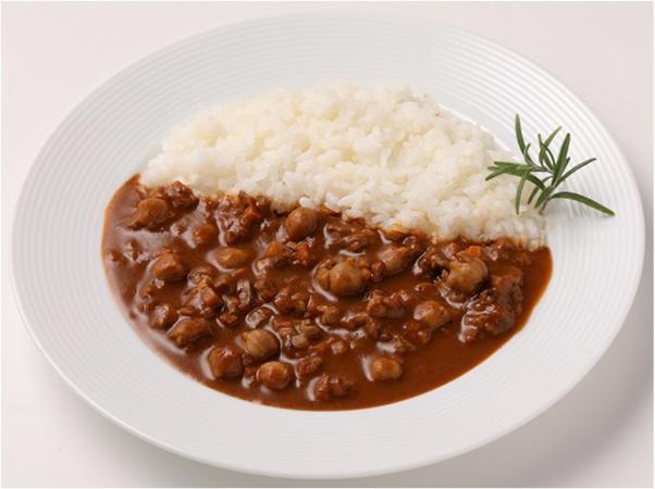 えんどう豆ミートで作ったキーマカレー 盛り付け例