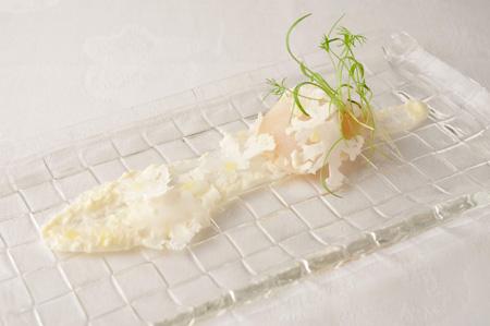 カリフラワーとホタテ貝のサラダ仕立て