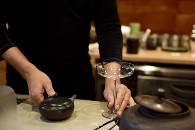 グラスと日本茶のペアリング