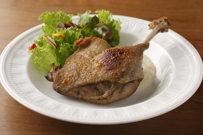ロワール産鴨のコンフィ