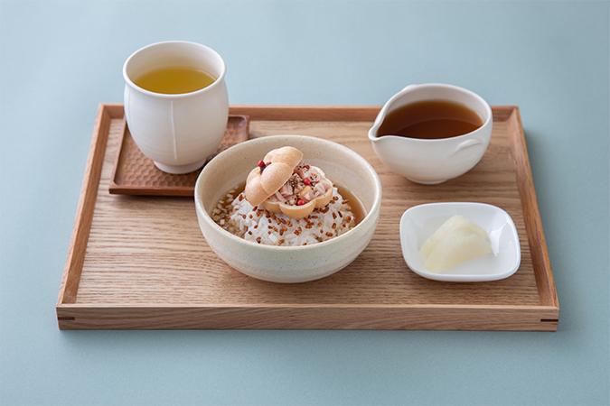 黒胡椒燻製茶×燻製鶏とほうじ茶のお茶漬けセット