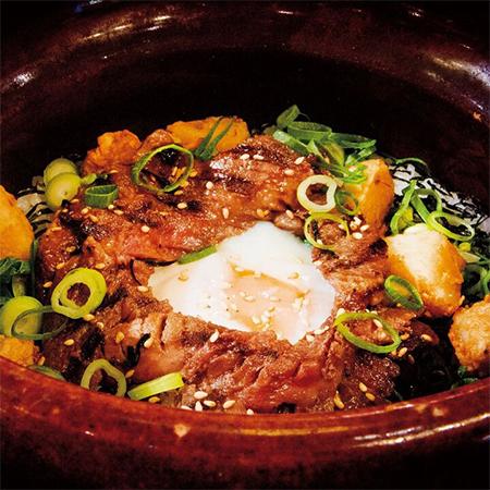 牛タン土釜ご飯