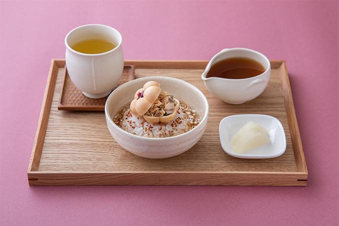 生姜燻製茶×鯖味噌煮とほうじ茶のお茶漬けセット