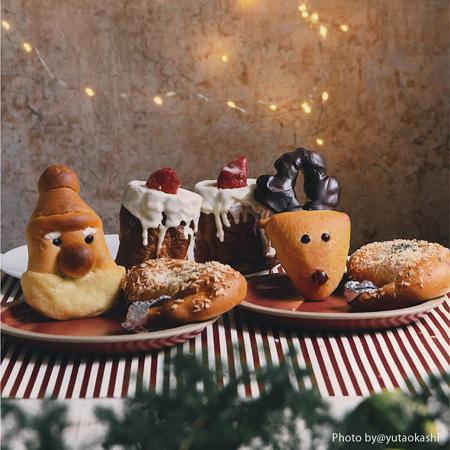 クリスマスパン(サンタパン、トナカイパン、マジカルキャンドル、チキチキチキンパン)