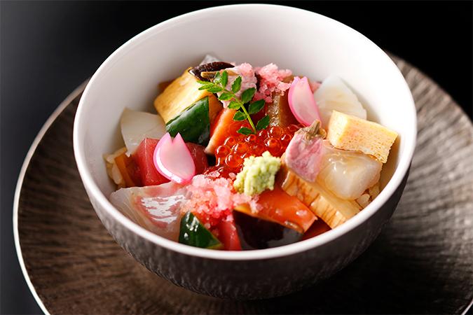 桜ばらちらし寿司